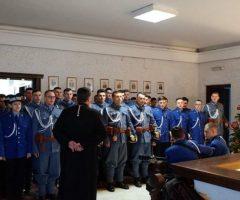 Instituţia Prefectului a primit primii colindători