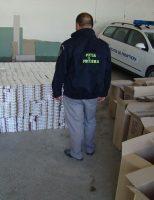 Doi bărbaţi cercetaţi şi peste 15.000 de pachete cu țigări confiscate la frontiera de nord