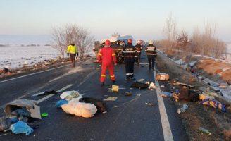 Accident grav la Cornu Luncii: doi morți și șapte răniți
