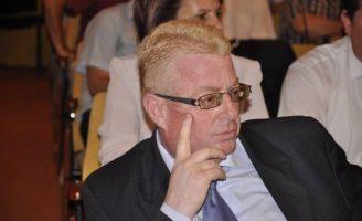 """Rădulescu: """"Guvernarea liberală dezvăluie zilnic propria incompetență"""""""