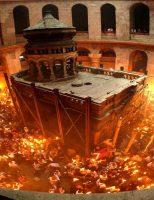 Sâmbătă seara va fi adusă Lumina Sfântă la Suceava
