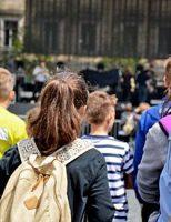 Primăria Suceava a alocat bani școlilor pentru asigurarea pazei
