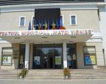 """Prima piesă organizată în aer liber va fi """"Pisicile"""", la Teatrul """"Matei Vișniec"""""""