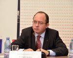 Opt state din UE  au introdus măsuri de restricţionare pentru cetăţenii românii