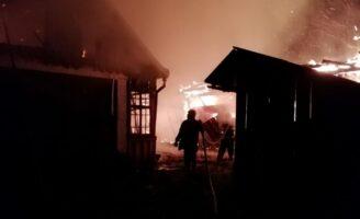 O femeie și-a pierdut viață în incendiul care i-a ars locuința