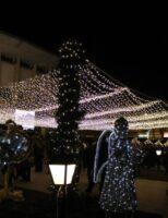 Sărbători de iarnă doar cu ornamente, la Suceava