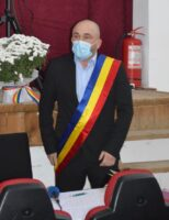 Primarul orașului Broșteni, Alexandru Hurjui, a depus jurământul și a trecut la treabă